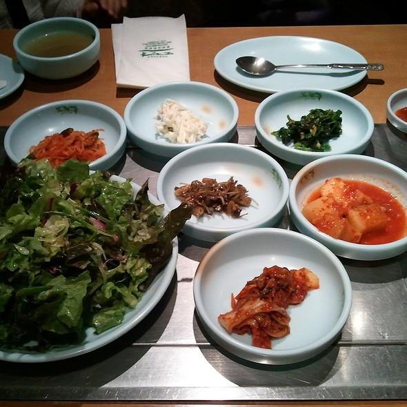 Korean Banchan @ Morangak