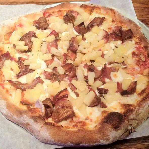 Country Hawaiian @ Casanova Pizzeria