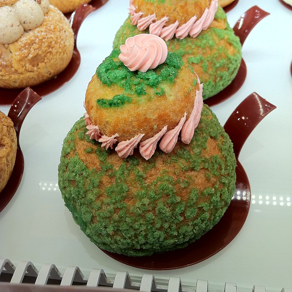 Cake @ Angelina