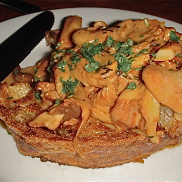 Sauteed Hedgehog mushrooms with sherry cream on griddled bread @ Toro Bravo