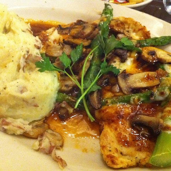 Chicken With Asparagus, Mozarella Cheese And Roasted Potatoes @ The Cheesecake Factory