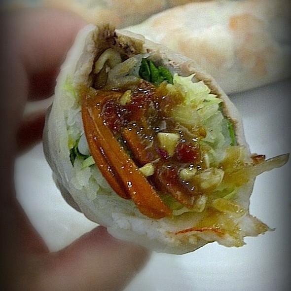 Vietnamese Shrimp & Pork Spring Rolls @ Grand Century Shopping Mall