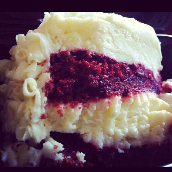 Red Velvet Cheesecake @ The Cheesecake Factory