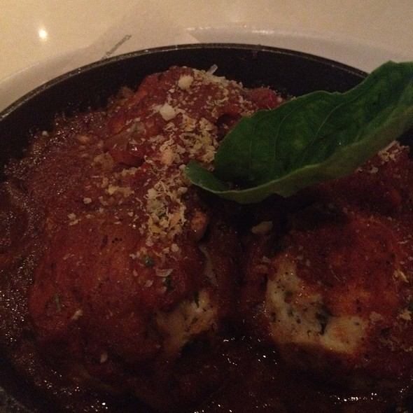 Chicken Meatballs & Smoky Tomato Sauce @ Beckett's Table