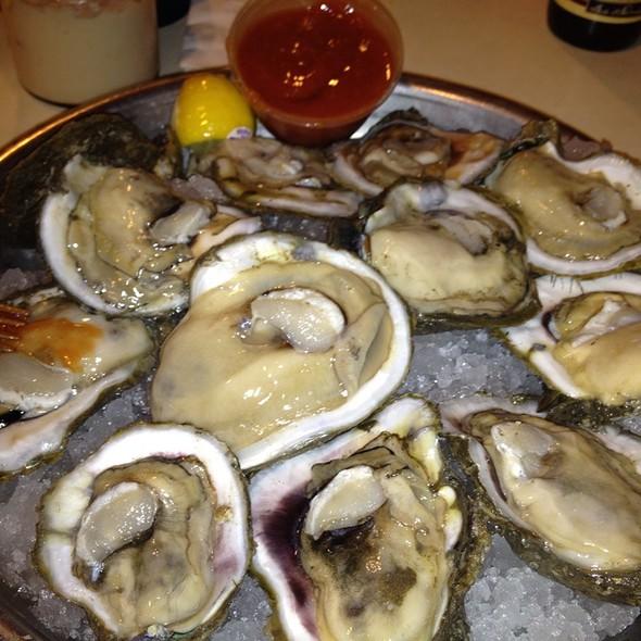 felixs restaurant amp oyster bar oysters on the half