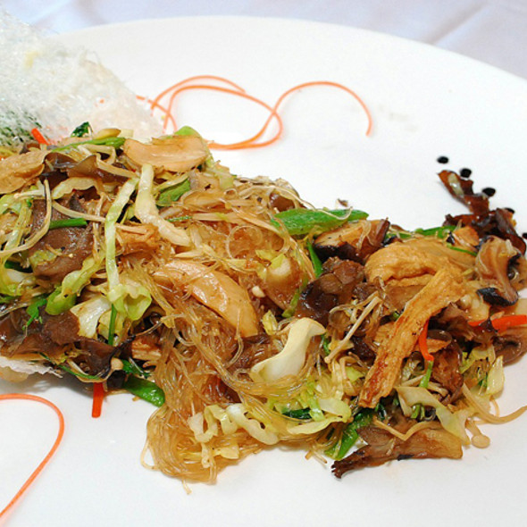 Sautéed Buddha's Feast @ Dynasty Seafood Restaurant