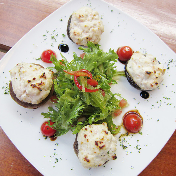 Baked Stuffed Mushrooms @ Chef's Table