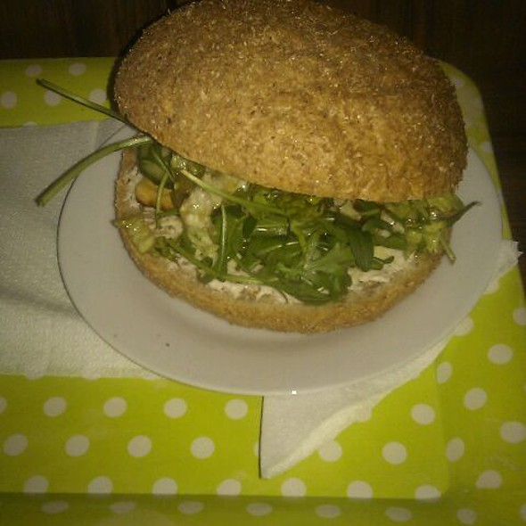 Italian style burger @ Gorilla Vega Büfé