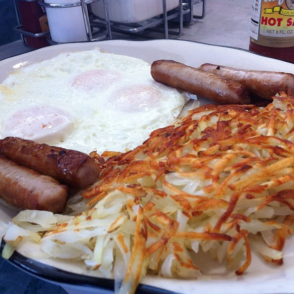Sausage And Eggs @ Yellow Basket Restaurant
