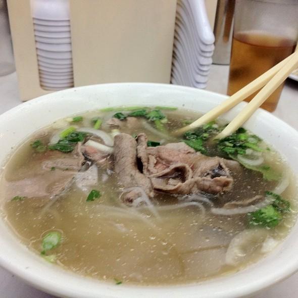 Pho Tai @ Cong Ly Restaurant