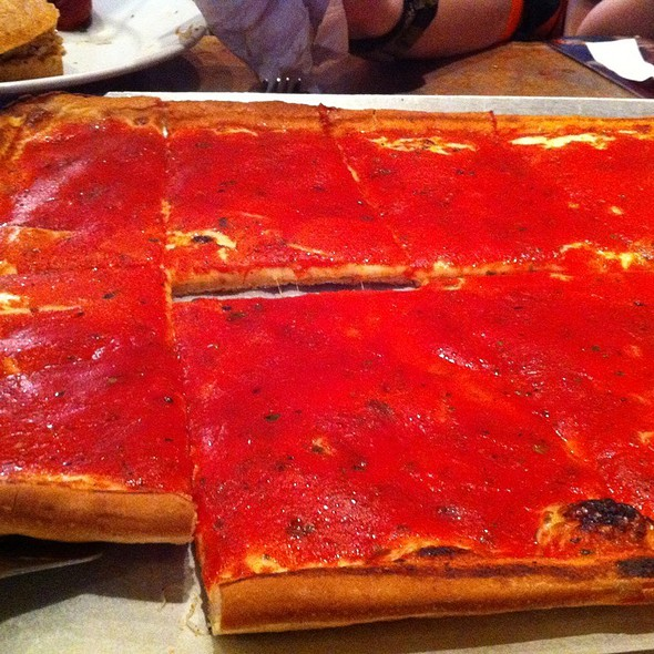 Square Pizza @ Stogie Joe's Passyunk Tavern