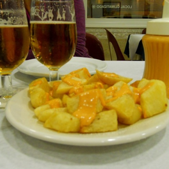 Patatas Bravas @ El Chipiron