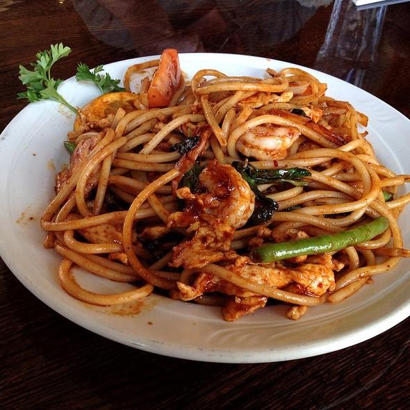 Spicy Spaghetti @ Thai Diner