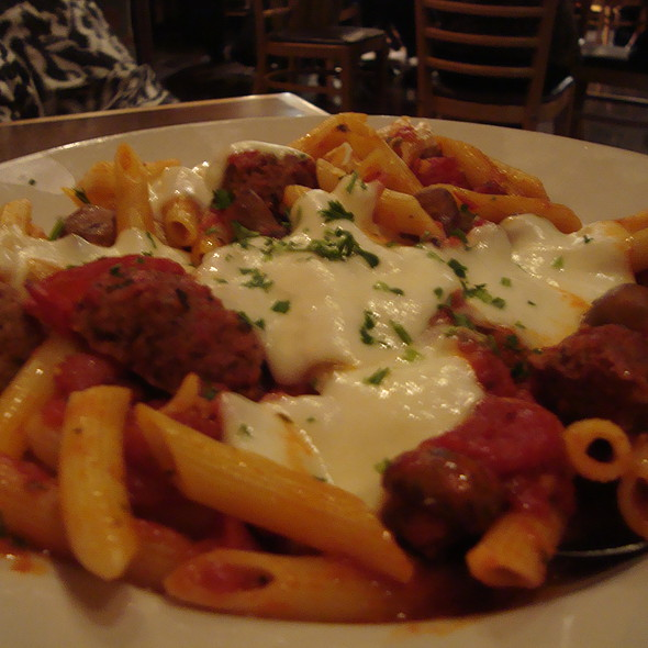 Penne Pasta With Meatballs @ Red White & Brew