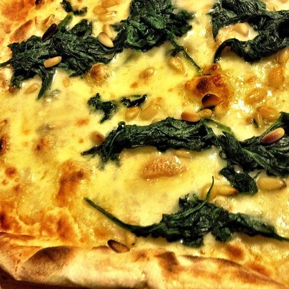 Pizza Bianca Con Spinacci @ Trattoria Libau