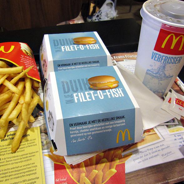 Mcdonald 39 s rijnstraat menu arnhem foodspotting for Mcdonalds fish sandwich nutrition