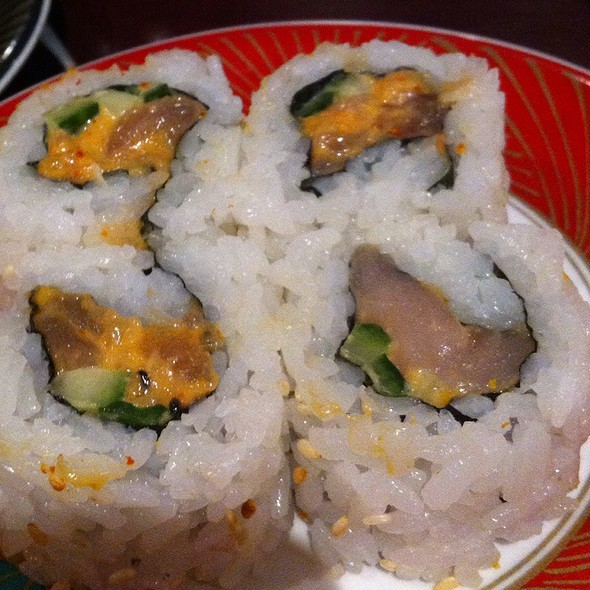 Spicy Tuna Roll @ Kinjo Sushi & Grill