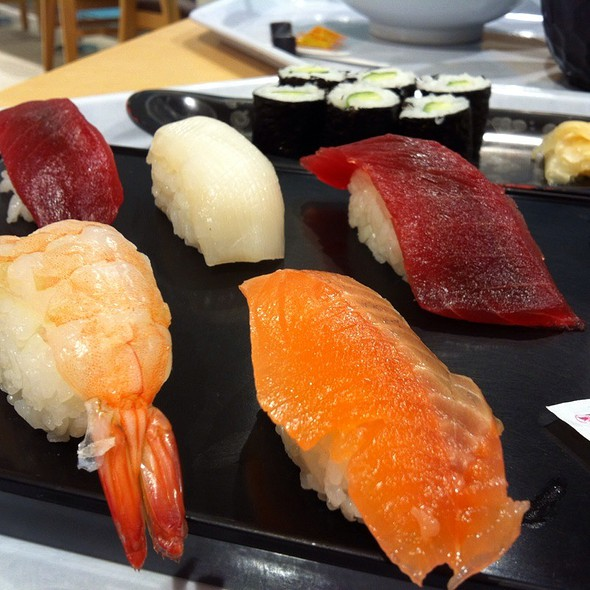Sushi Platter @ The Food Court @ Hanadai International Airport