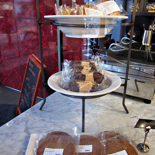 Dutch Cookies @ Douwe Egberts Café - Utrecht