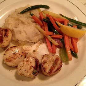 Grilled Scallops - Doc Magrogan's Fish Market, Moosic, PA