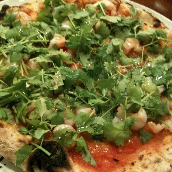 小海老とシャンツアイ、パクチー、ガルム風味のピザ @ PIZZA DA BABBO