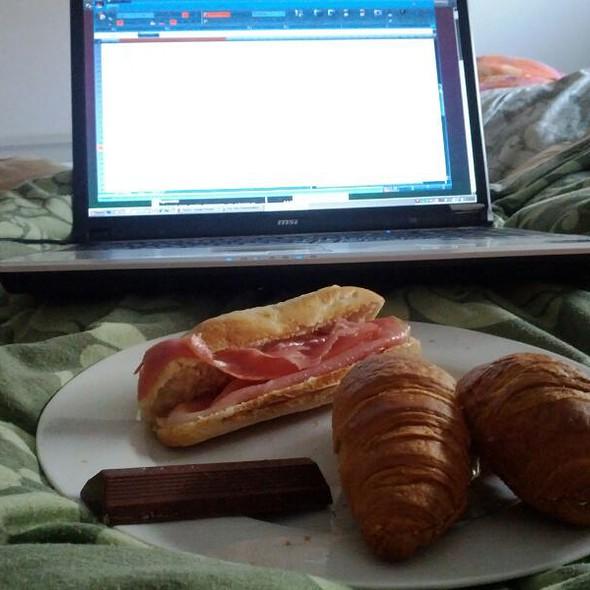 Croissants @ Home