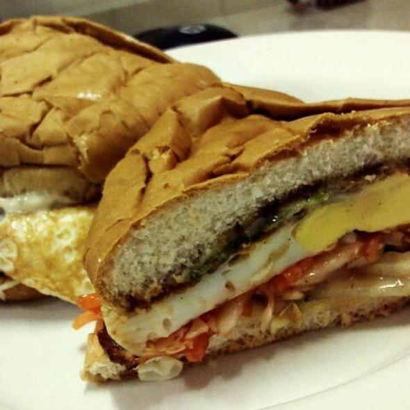 Burger Ayam Spesel @ Botak Burger