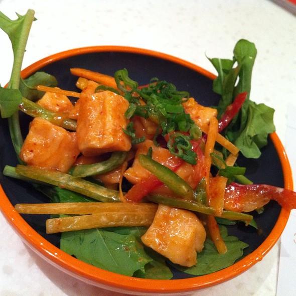 Kimchee Salmon @ Yo! Sushi
