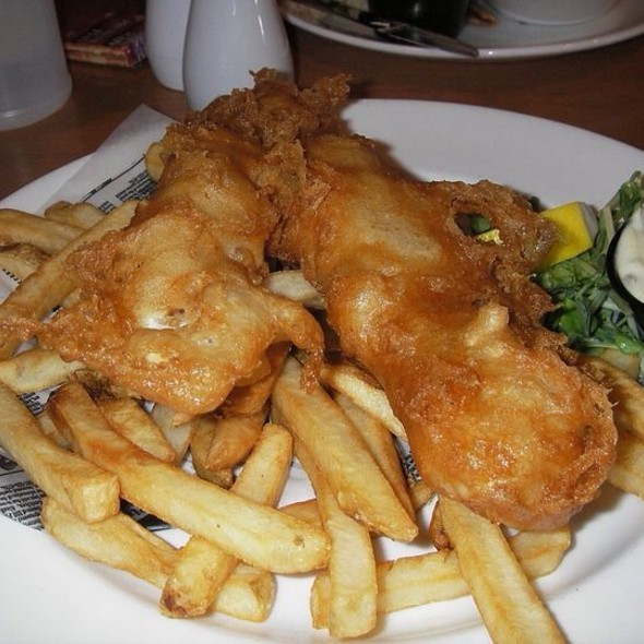 Fish & Chips @ Vidalia's Grill