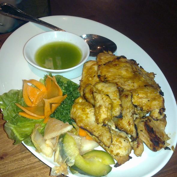 Vietnamese Grilled Chicken @ Lempäälän Golden Rose Oy