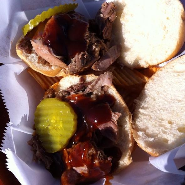 Pulled Pork Sliders @ JONBALAYA Food Truck
