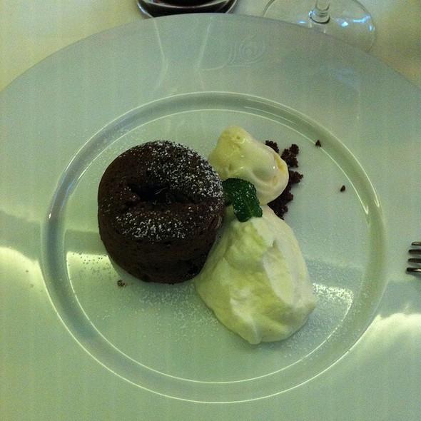 Flüssiger Schokoladenkuchen @ Pfauen