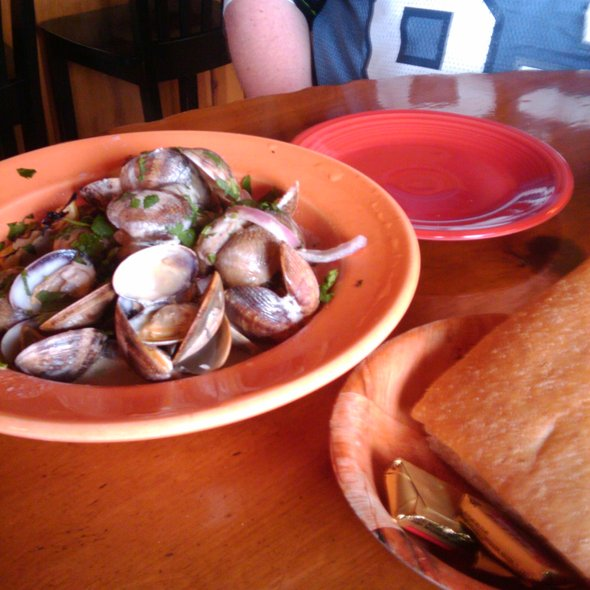 Clams with focaccia bread @ La Conner Brewing Co