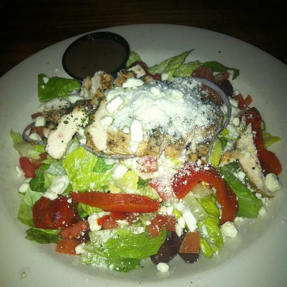 Mediterranean Grilled Chicken Salad @ Terra Terroire