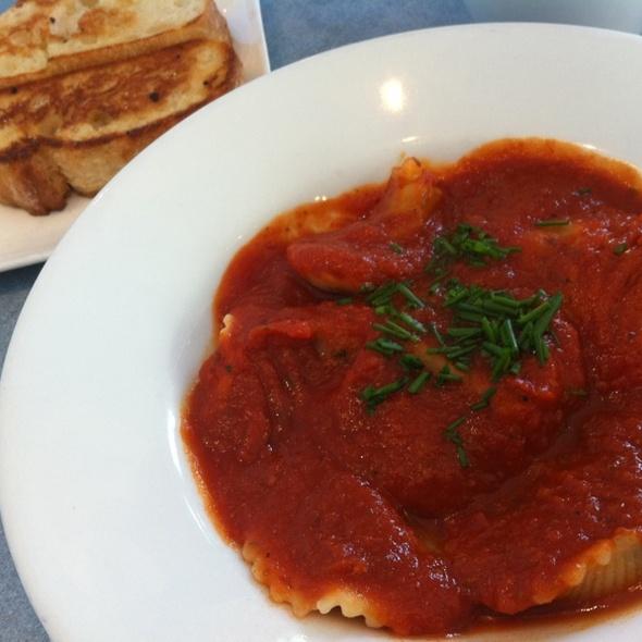 Vegan Ravioli @ Ananda-Fuara Vegetarian