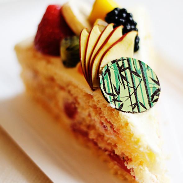 Strawberry Chiffon Cake @ Relax Cafe