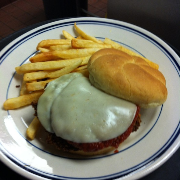 Chicken Parmesan @ Freedom Square Diner
