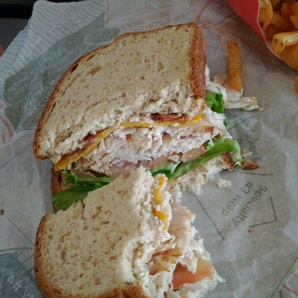 Oven-Roasted Turkey and Bacon Sandwich @ Arby's