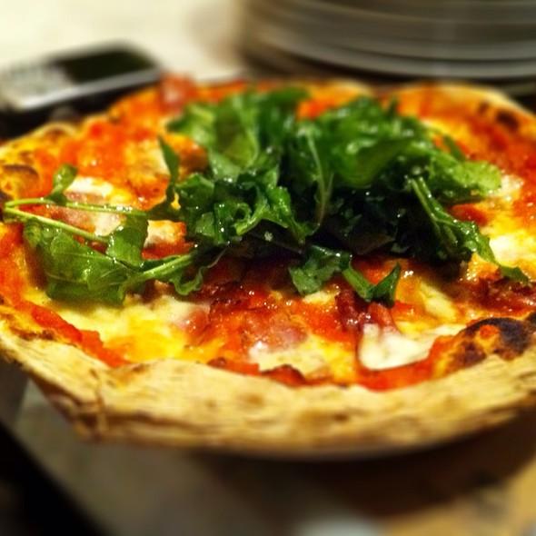 Pizza Coppa Rúgula