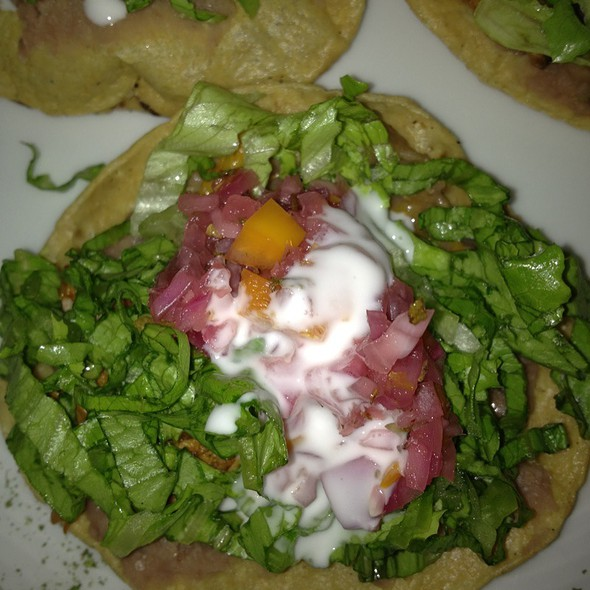Tostadas De Cochinita! @ Restaurante El Abue