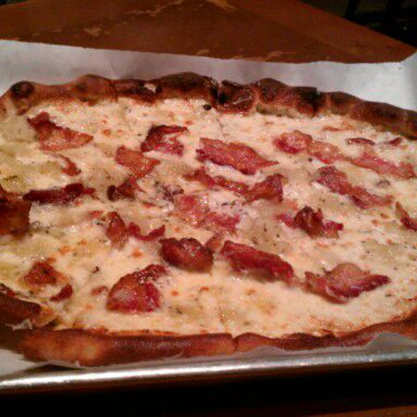 White Pie with Bacon and Mashed Potato @ Basic