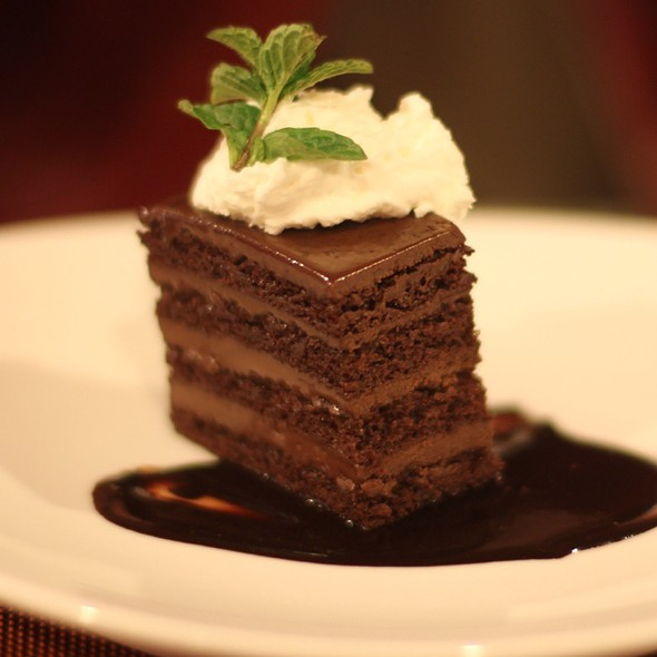Old Fashioned Chocolate Cake @ Level III