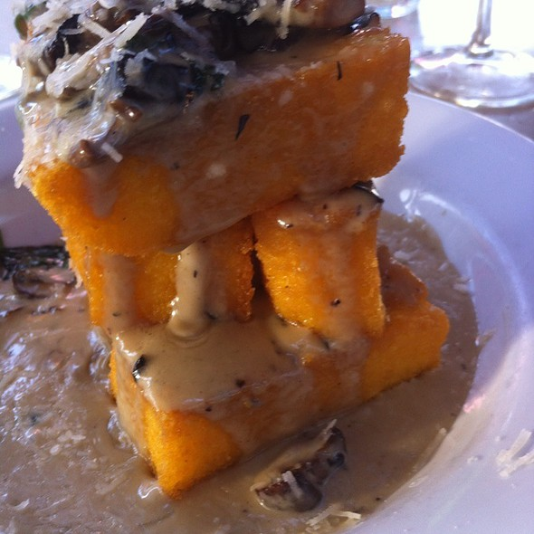 Crispy Polenta with Gorgonzola and Oyster Mushrooms @ Cafe Sopra