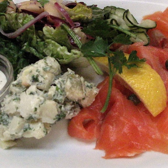Smoked Salmon Salad @ Farmgate
