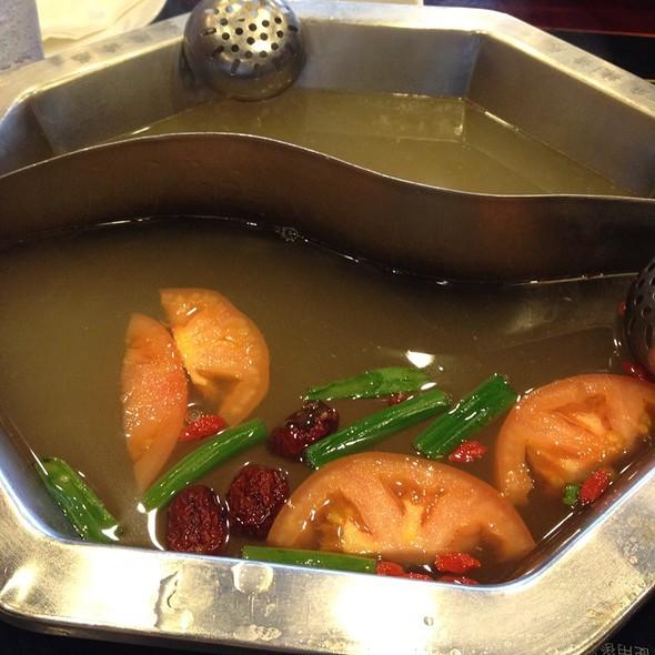 Chicken Broth Mini Hot Pot @ Spicy Town