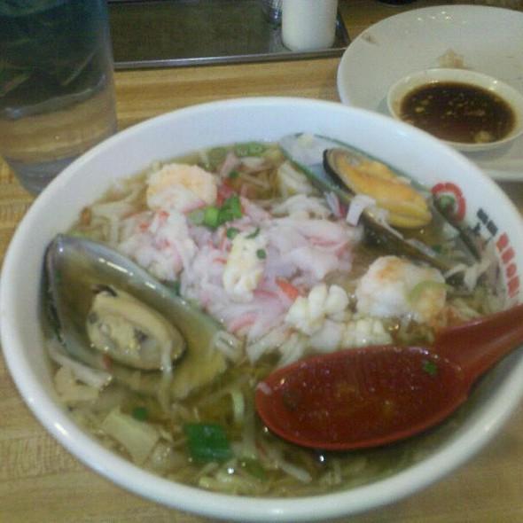Seafood Ramen @ Oshima Ramen of America Inc