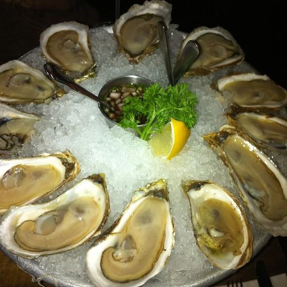 Oysters @ Sidecar Bar & Grill