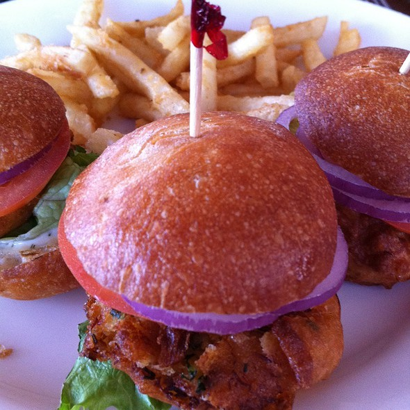 Crabcake Sliders - World Famous, San Diego, CA