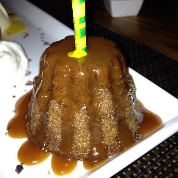 Sticky Toffee Pudding @ Nonna