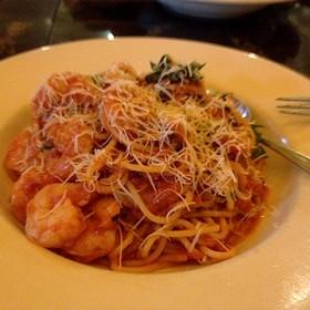 Spaghetti Pomodoro Wirh Garlic Shrimp - Il Fornaio - Roseville, Roseville, CA